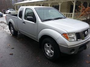 2007- Nissan Frontier SE King Cab 4X4 6-Speed Manual-65k Miles